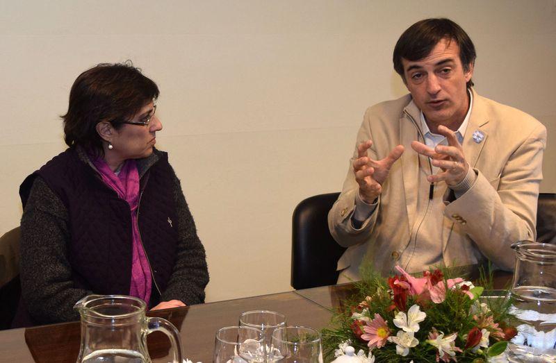Ministro de Educación y Deportes de la Nación, Esteban Bullrich y ministra de Educación de la provincia, Isolda Calsina