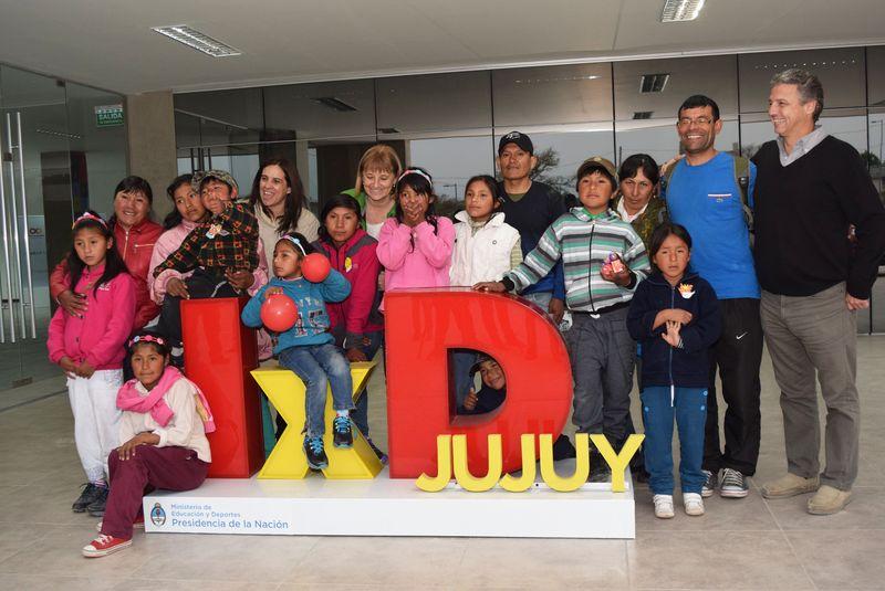 """Niños de Molulo visitaron el centro tecnológico """"Infinito por descubrir"""""""