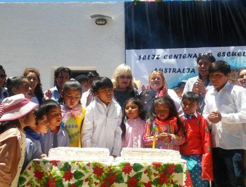 Emocionante festejo de por el centenario de la escuela Australia, N°301 de Ocumazo.