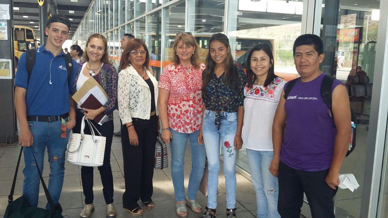Alumnos ganadores de la Olimpiadas de Filosofía, viajan a la provincia de Tucumán, para participar de la instancia nacional del certamen. Noviembre 2017