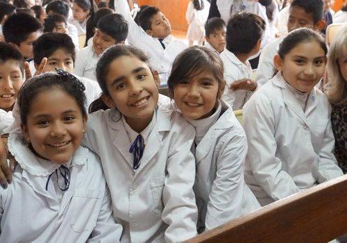 """La secretaria de Gestión Educativa del Ministerio de Educación, Aurora Brajcich, presidió el acto celebrado en la escuela primaria Nº 10 """"General José de San Martín"""" en conmemoración del 168º aniversario del paso a la inmortalidad del Libertador. Agosto 2018"""