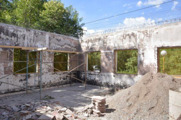 Comienzan trabajos de refacción en el Bachillerato Provincial Nº 24 de Lozano