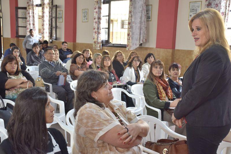 Directores y supervisores de niveles Inicial y Primario hicieron aportes al proceso de construcción de los acuerdos escolares de convivencia (AEC), en el marco de jornadas convocadas por el Ministerio de Educación. Marzo 2019