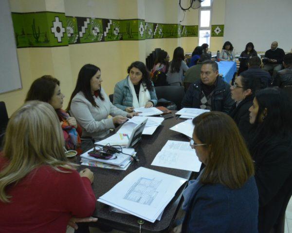 Trabajan sobre las nuevas estructuras curriculares para la Secundaria Orientada. Mayo 2019