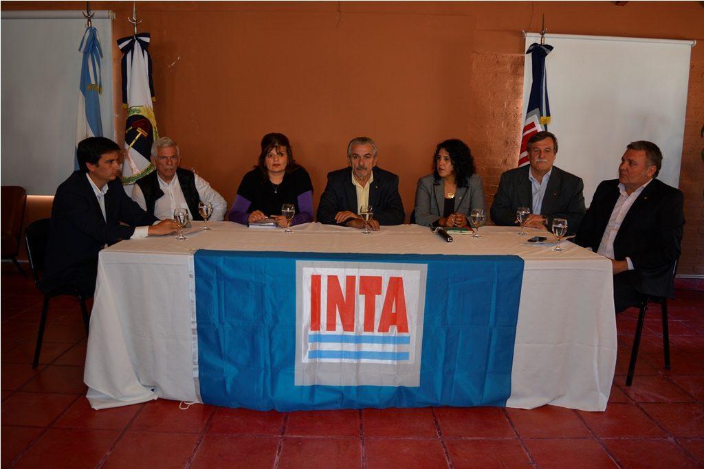Gobierno ratifica articulación con INTA.