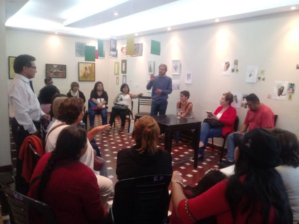 Chedrese y Castro Olivera durante la reunión consensuada para la selección de autores
